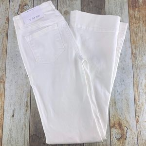 Ann Taylor LOFT  Wide Leg Trouser Denim Jean White
